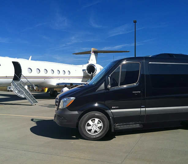 mercedes-sprinter-airport